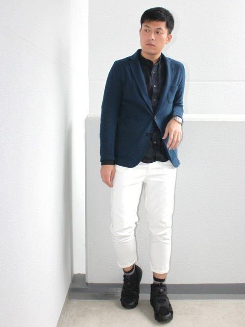 イタリア親父風モテる男の白パンツファッションコーディネート画像4