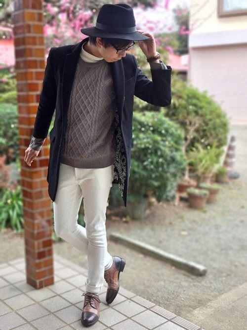 イタリア親父風モテる男の白パンツファッションコーディネート画像10