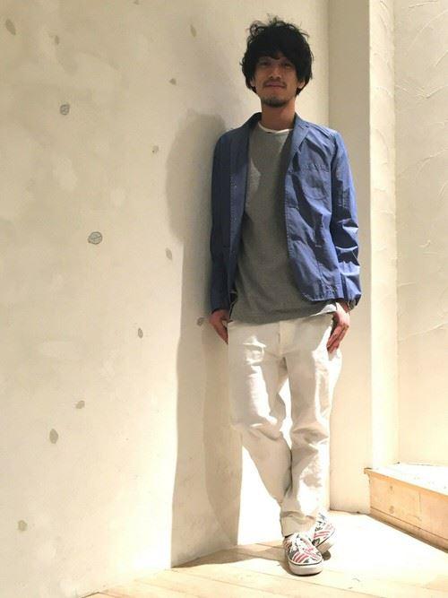 イタリア親父風モテる男の白パンツファッションコーディネート画像12