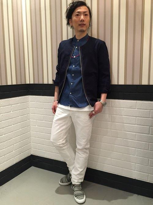 イタリア親父風モテる男の白パンツファッションコーディネート画像13